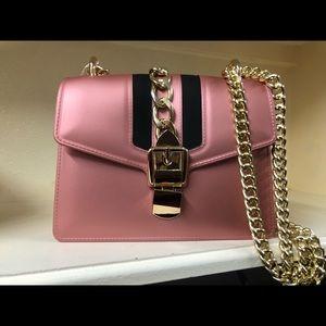 Glamorous Rose Gold striped Gel Handbag